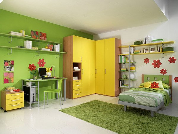 Neatly Designed Child's Bedroom
