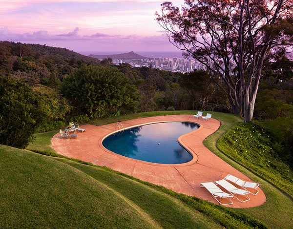 16 splashing outdoor pool designs for wonderful recreation