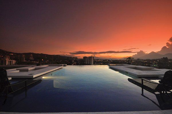 So Amazing Infinity Pool Design