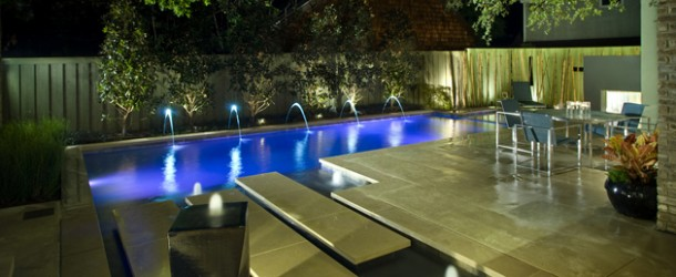 16 Splashing Outdoor Pool Designs for Wonderful Recreation Moments