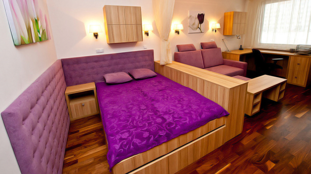 . Big Ideas for Small Bedroom Spaces   Home Design Lover