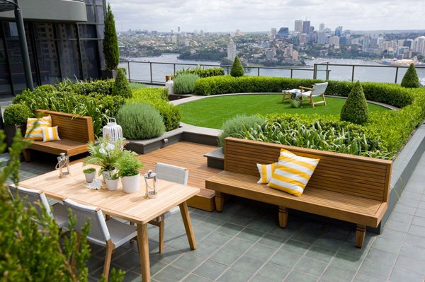 15 enchanting and whimsical roof garden landscape designs for Rooftop landscape design