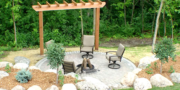 Landscaping Tips to Consider for Your Ideal Garden | Home Design Lover