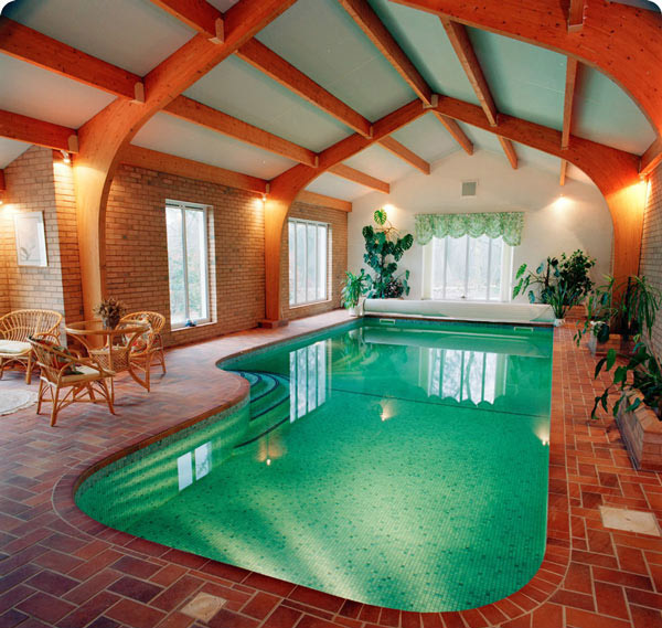 Well-Lighted Indoor Pool Design