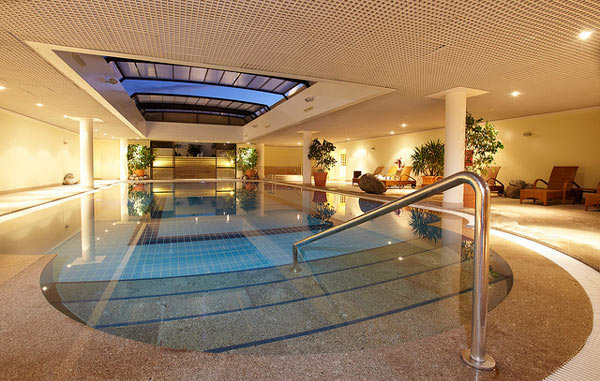 Well-Designed Indoor Pool Design