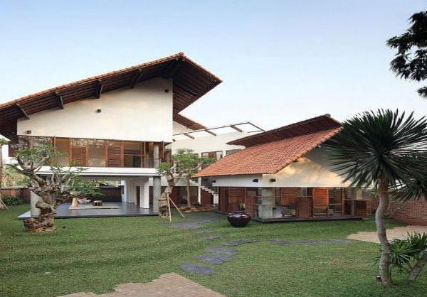 Distort House Exterior 3