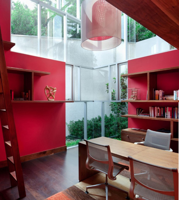 El Secreto House Library