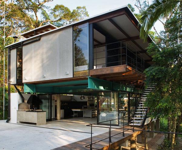 Iporanga House Exterior 1