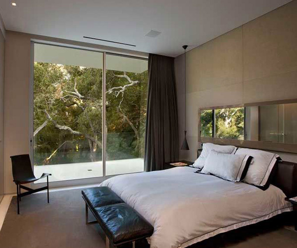 Glass Pavilion House Bedroom 2