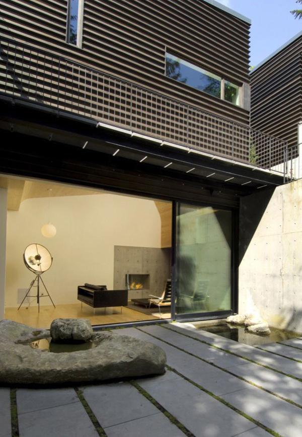 Courtyard House Exterior 5