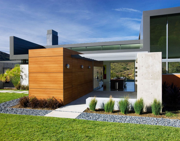 Lima Residence Exterior 2