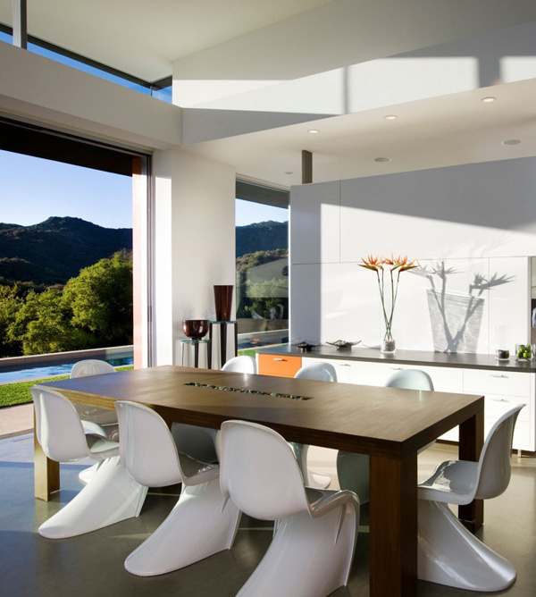 Lima Residence Dining Area