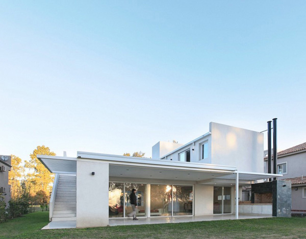 House RA Exterior 3