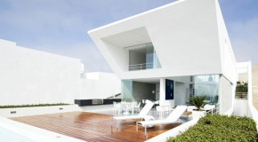 The Incredible House Playa El Golf H4 in Lima, Peru