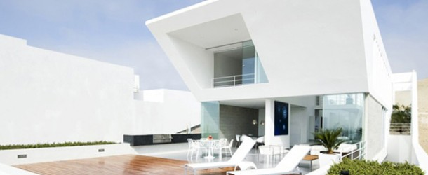 playa el golf h4 house in peru