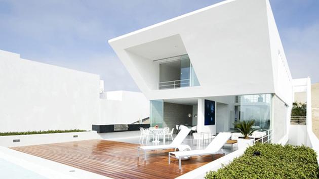 playa el golf h4 house in peru