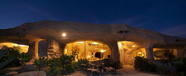 Suprisingly Beautiful Flintstones Romantic Retreat House in Malibu