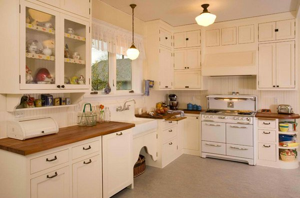 15 wonderfully made vintage kitchen designs home design for Kitchen ideas for 1920s house