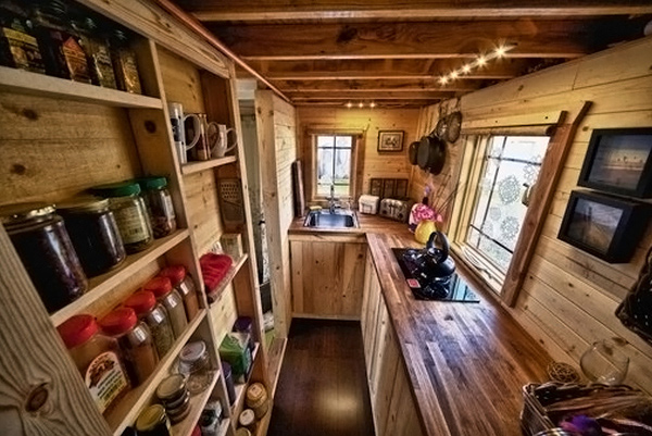 The Tiny Tack House- A Couple's Perfect Mobile Home | Home Design ...