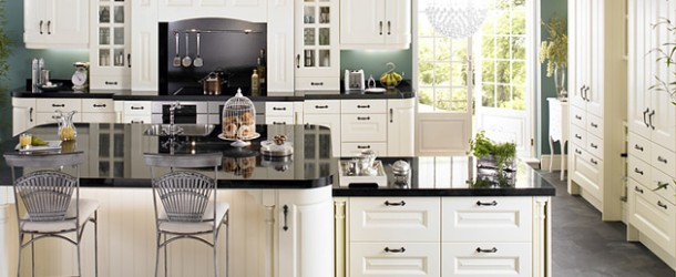 15 Lovely and Warm Country Styled Kitchen Ideas