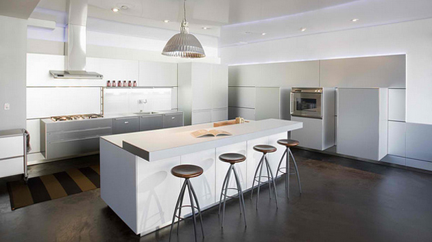 18 modern white kitchen design ideas home design lover for Kitchen designs modern white