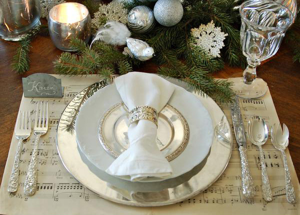 20 christmas table setting design ideas home design lover. Black Bedroom Furniture Sets. Home Design Ideas
