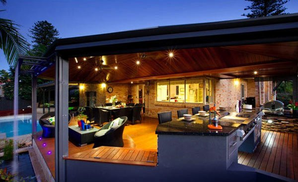 Open Plan Outdoor Kitchen