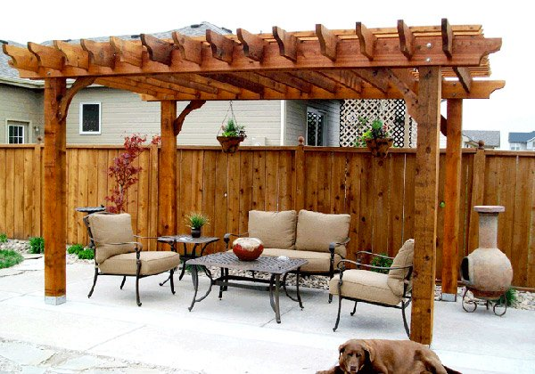 15 designs of pergolas to shade seating areas home for Pergola designs