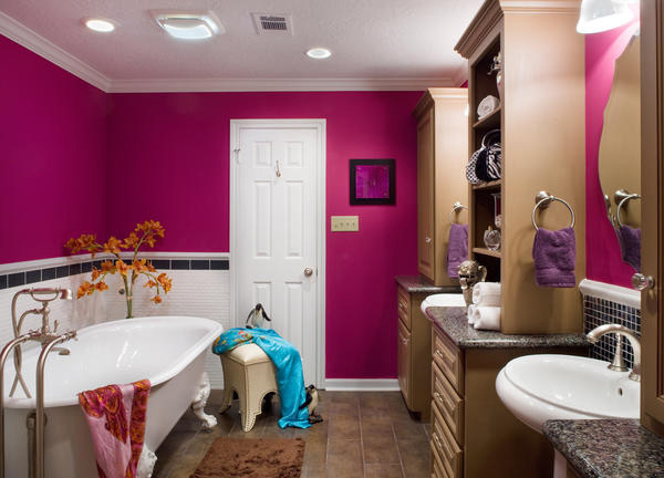 15 chic and pretty pink bathroom designs home design lover for Teenagers bathroom designs
