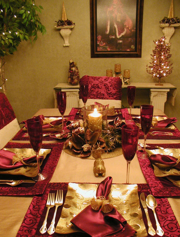20 christmas table setting design ideas home design lover for Ideas to decorate dining room table for christmas