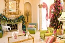 15 Christmas Decorated Living Rooms
