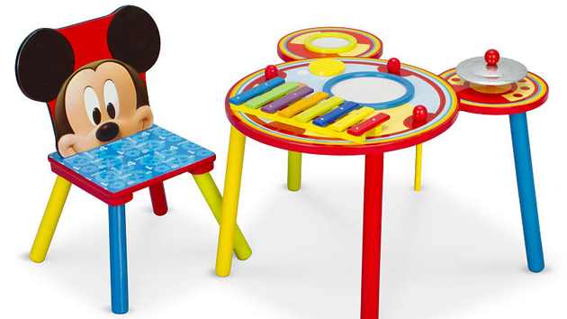 Crayola Table And Chairs