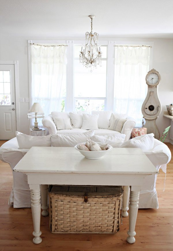Dreamy Whites Shabby Chic