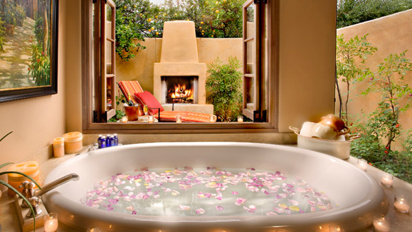 Luminous Romantic Bath