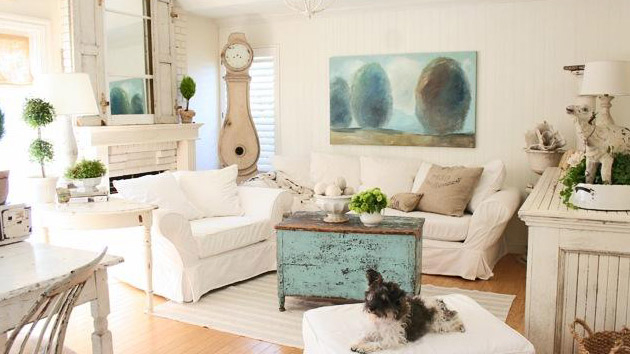 Distressed yet pretty white shabby chic living rooms How to decorate a cottage living room