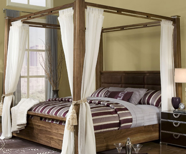 Timber Post Canopy Bed