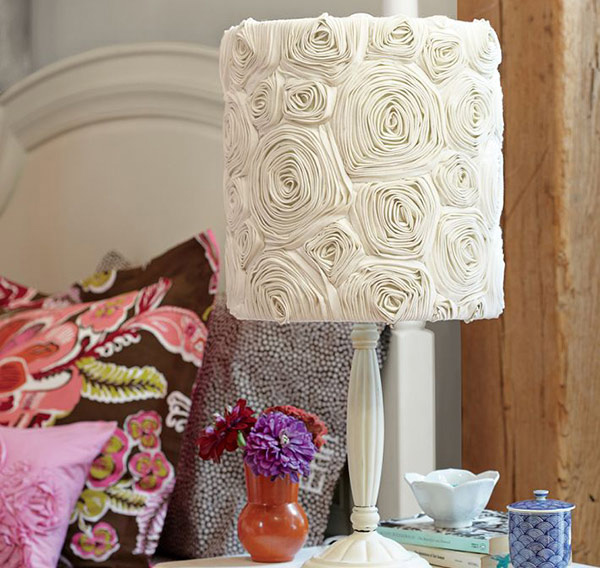 15 girly diy lamp shade designs home design lover - Attractive lamp shade styles as your beautiful room decorating ideas ...