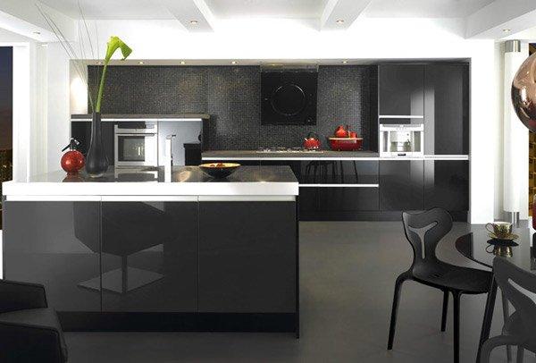 15 black and gray high gloss kitchen designs home design - Cocinas en negro ...