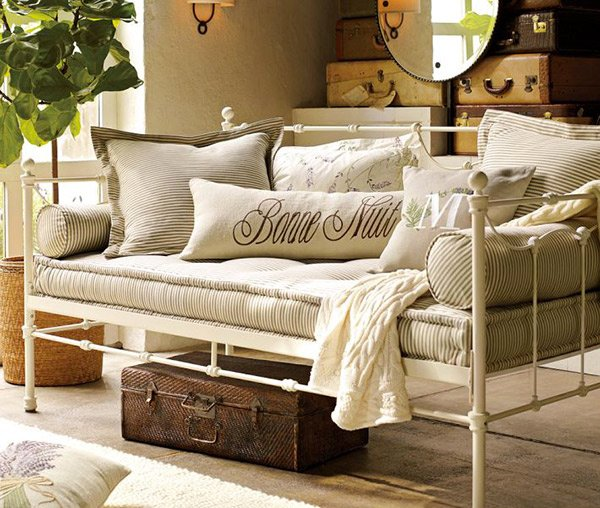 15 Daybed Designs Perfect For Seating And Lounging Home