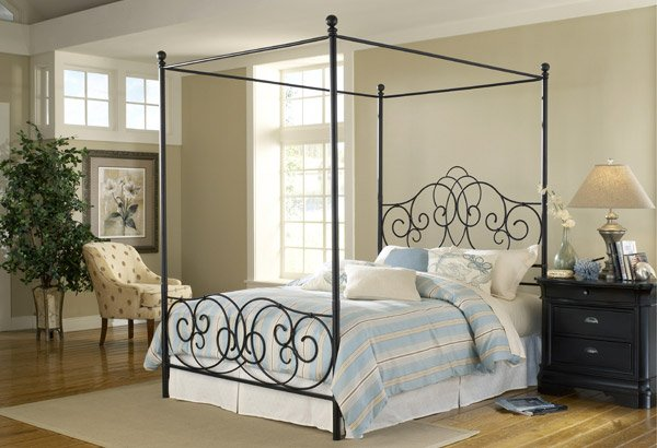 Provence Canopy Bed