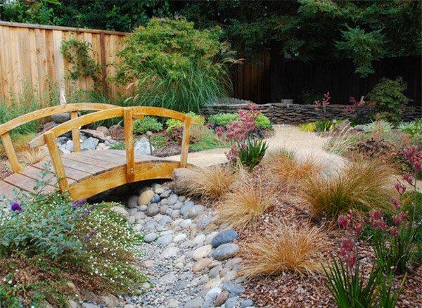 15 whimsical wooden garden bridges home design lover. Black Bedroom Furniture Sets. Home Design Ideas
