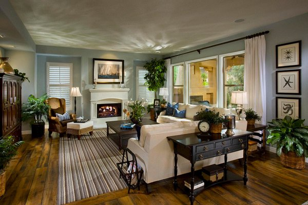 15 interesting traditional living room designs home for Cozy family room decorating ideas