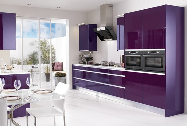 15 high gloss kitchen designs in bold color choices home for Contemporary kitchen colours
