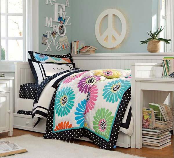 15 funky retro bedroom designs home design lover for Funky bedroom designs