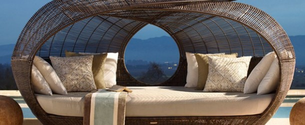 Make Outdoor Living Comfy with 15 Rattan Daybeds