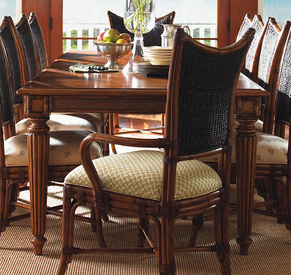 Dining Table That Can Be A Perfect Central Figure In The Dining Area