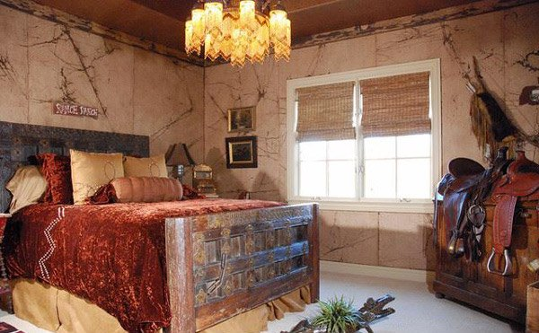 15 rustic bedroom designs home design lover for Cowboy themed bedroom ideas