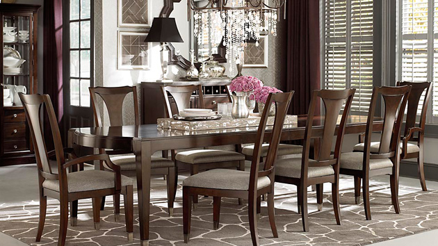 15 perfectly crafted large dining room table designs for Large dining room table