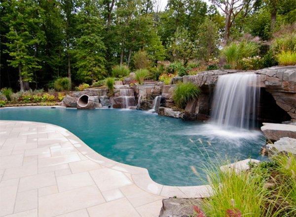 USR Tropical Pool