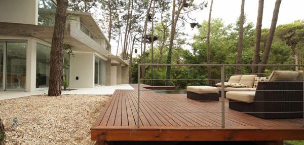 deck area design